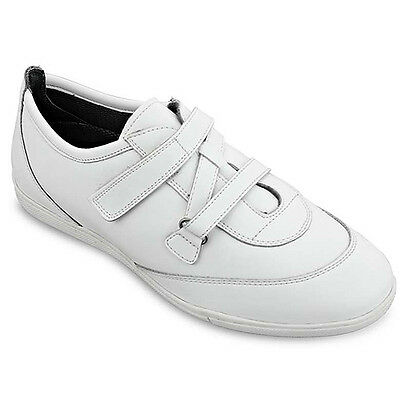 "Emsmorn  ""jasmine"" Ladies  Bowls Shoe  White - Size 7.  Special Offer Price."
