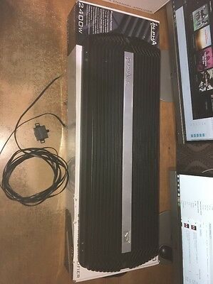 In Phase Base amplifier 2 channel, 2400 watts IPX 2400 Boxed