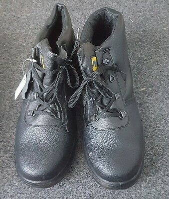 safety boots size 10 leather with steel toe cap