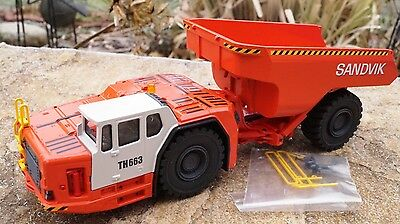 Conrad  SANDVIK Dumper TH663   Neu OVP scale 1:50 Art 2767/0