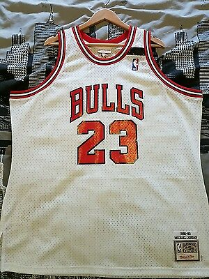 Michael Jordan 100% Authentic Mitchell & Ness The Shrug 1991-92 52 XXL BNWT