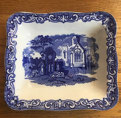 A Shredded Wheat Dish Abbey 1790 Geo Jones & Sons England Blue / white dish