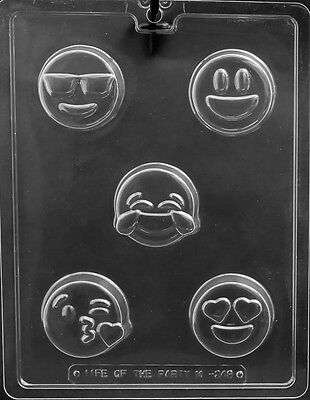 NEW EMOJI COOKIE MOLDS happy face love kiss cool emojis oreo oreos