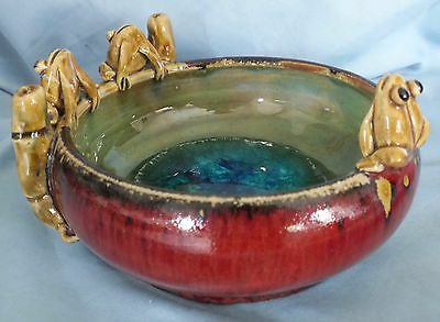 """Chinese pottery frog bowl 5""""d."""