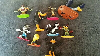 Looney Tunes Figures Freeriders