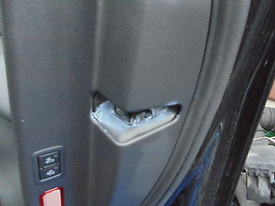 audi a6 c6 driver side door lock from 2010 very rare to get hold off