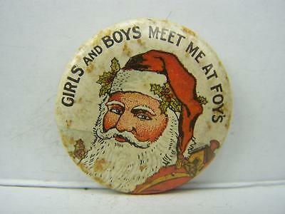 'Girls and boys meet at Foys' pin back badge department store 1940/50's     401