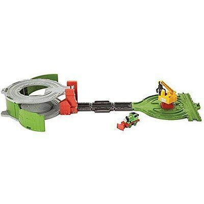Thomas & Friends Take n Play Portable Railway Scrapyard Cleanup Team inc. Percy