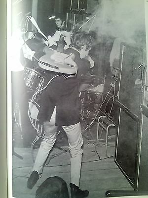 Pete Townshend The Who 1966 Smashing Guitar from Music Magazine 29x20cm