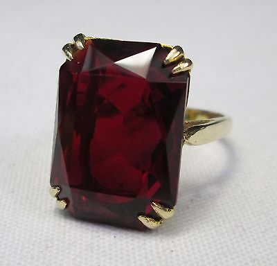 Large Chunky Vintage 9ct Gold & Baguette Rectangle Ruby Glass Paste Ring Size K