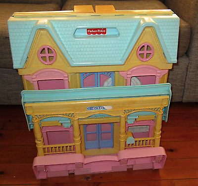 Vintage Fisher Price Loving Family 6364 Doll House Rare