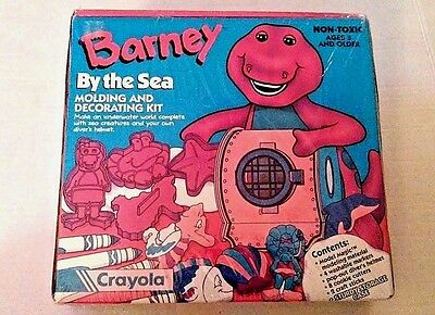 Barney By the Sea Molding and Decorating Kit Cookie Cutters Crayola