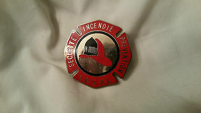 Canada QC Laval Incendie Fire Pompier Firefighter Badge Insigne St-Max