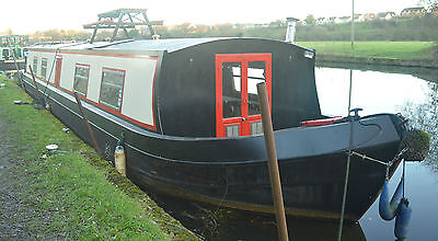 57ft x 10ft Wide Beam Narrow Boat Liverpool Boat Co New Engine Refit Blacking