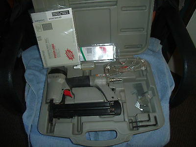 Porter cable USA air brad nailer BN125A 18GA nails complete in case with manual