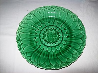 Antique- Victorian,Wedgwood- Green Majolica Plate  in a Dahlia? Pattern ,22 cm.