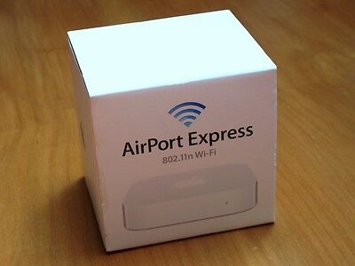 AirPort Express N (2nd Generation) Basisstation Simult Dualband MC414Z/A OVP 2v2