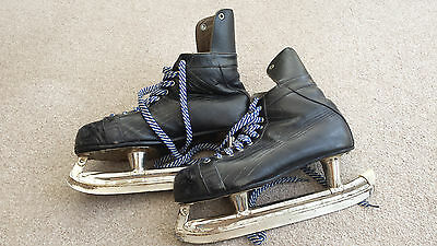 Ice Hockey Skates Leather Vintage N.H.L 1969 and Retro 'Fagan' bag