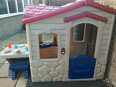 Little Tykes Picnic On The Patio Playhouse RRP £229.99 COLLECTION ONLY. U2022  £50.00