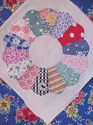 "Lg 15"" DRESDEN PLATE QUILT BLOCK on FEEDSACK H-Pc'd w/invisible applique c1930's"