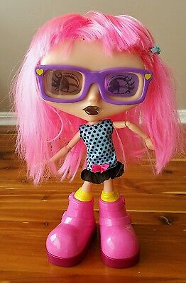 """SPINMASTER Ltd.""""CHATSTERS DOLL"""" """"GABBY"""" 300 PHRASES/25 GAMES/6 INTERACTIVE 5+ YR"""