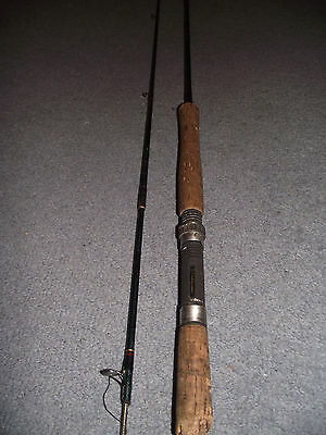 "Vintage Carbon Fishing Rod ""shakespare"""