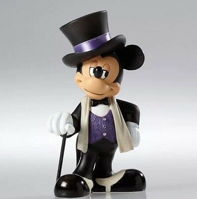 Disney Showcase Couture de Force Mickey Mouse Figurine #4045448