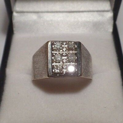 Gents 9ct White Gold Diamond Ring Size S