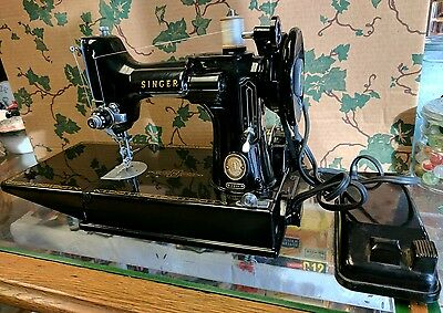 Vtg 1957 Singer 221 Featherweight Sewing Machine w/ Case, Pedal & Accessories