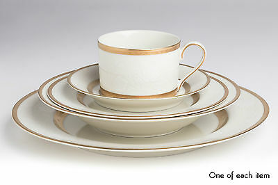 2x Mikasa L5531 Antique Lace Fine China Dinner Sets Ivory White Gold Set