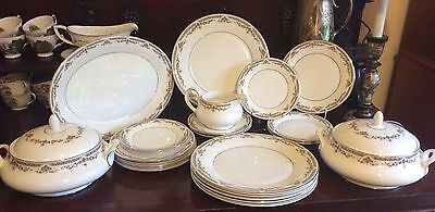 22 items Royal Doulton fine china REPTON 1979 dinner service