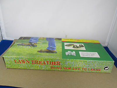 Pair of Green Lawn Aerating Spiked Over Shoes NIB