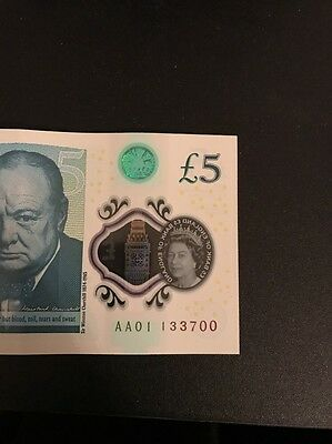 5 pound note Serial Number AA 01 133700