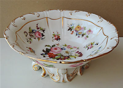 COUPE A FRUITS PORCELAINE DE PARIS XIXe STYLE ROCAILLE DECOR FLORAL PEINT