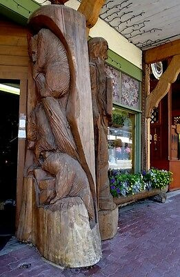 Hand Carved Cedar Wood Three Climbing Bears Over 5' Feet Tall Carving