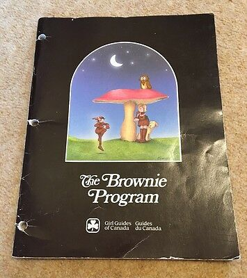 Girl Guides of Canada Vintage Brownie Program Book