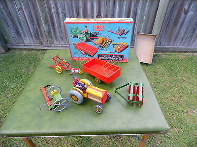 Rare Vintage 1960's Mettoy Modern Farming Mechanical Tractor Tin Toy Set