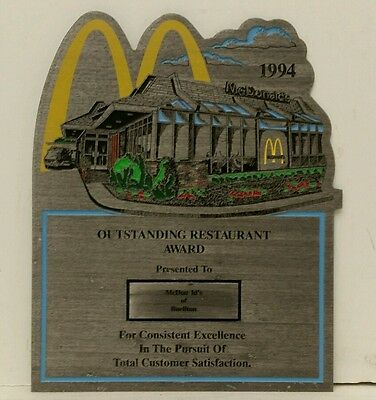"Vintage 1994 Resin McDonalds ""Outstanding Restaurant Award"" Wall Plaque Sign NOS"