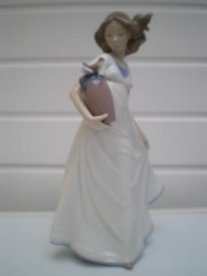 Nao by Lladro Porcelain Figure - Girl with Water Carrier and Bird - Spain