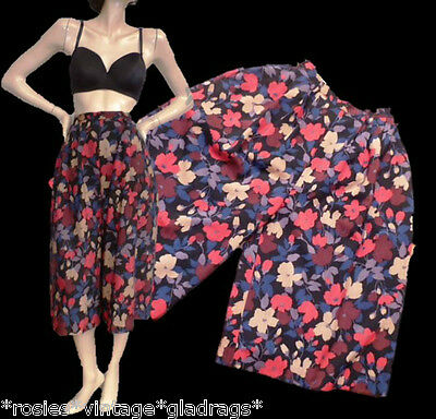 ViNtAgE 80s ladies Floral fine wool HIGH WAISTED CROPPED CULOTTES Shorts trouser