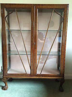 DISPLAY CABINET. China Cabinet. Walnut. 1930's. Lockable with key.
