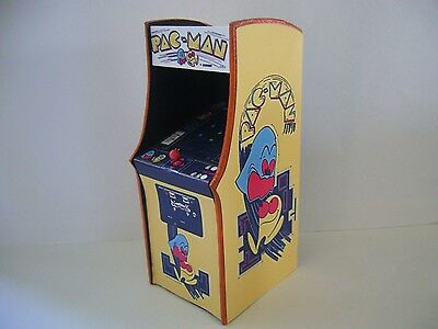 Pac Man Real LED Screen Miniature Arcade Machine Model Midway Namco 1/12th Scale