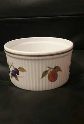 Worcester oven dish, oven to tableware family sized bowl.