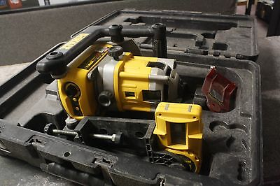 Dewalt DW071 Rotary Laser Level  includes case and ACCESSORY