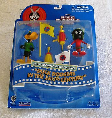 Looney Tunes WB Daffy Duck & Marvin the Martian figures in Duck Dodgers - 1997