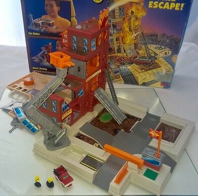 Micro Machines Double Takes Fire Escape Folding Fire Station PlaySet Retro 90's