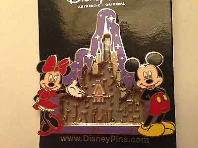 Mickey Mouse & Minnie Mouse Walt Disney World Castle Maze Pin - new
