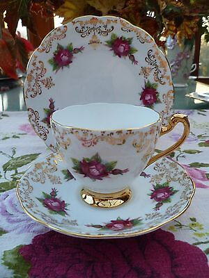 Pretty Vintage Roslyn China Trio Tea Cup Saucer Plate Roses Gilding R 566