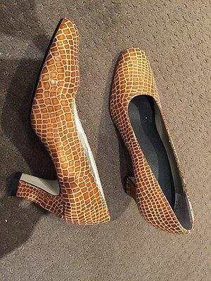 Vintage Shoes, Italian Upper Leather, Size 6
