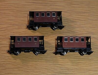 Egger Bahn HOe/009 Brown Passenger Coaches x3 boxed - nice condition